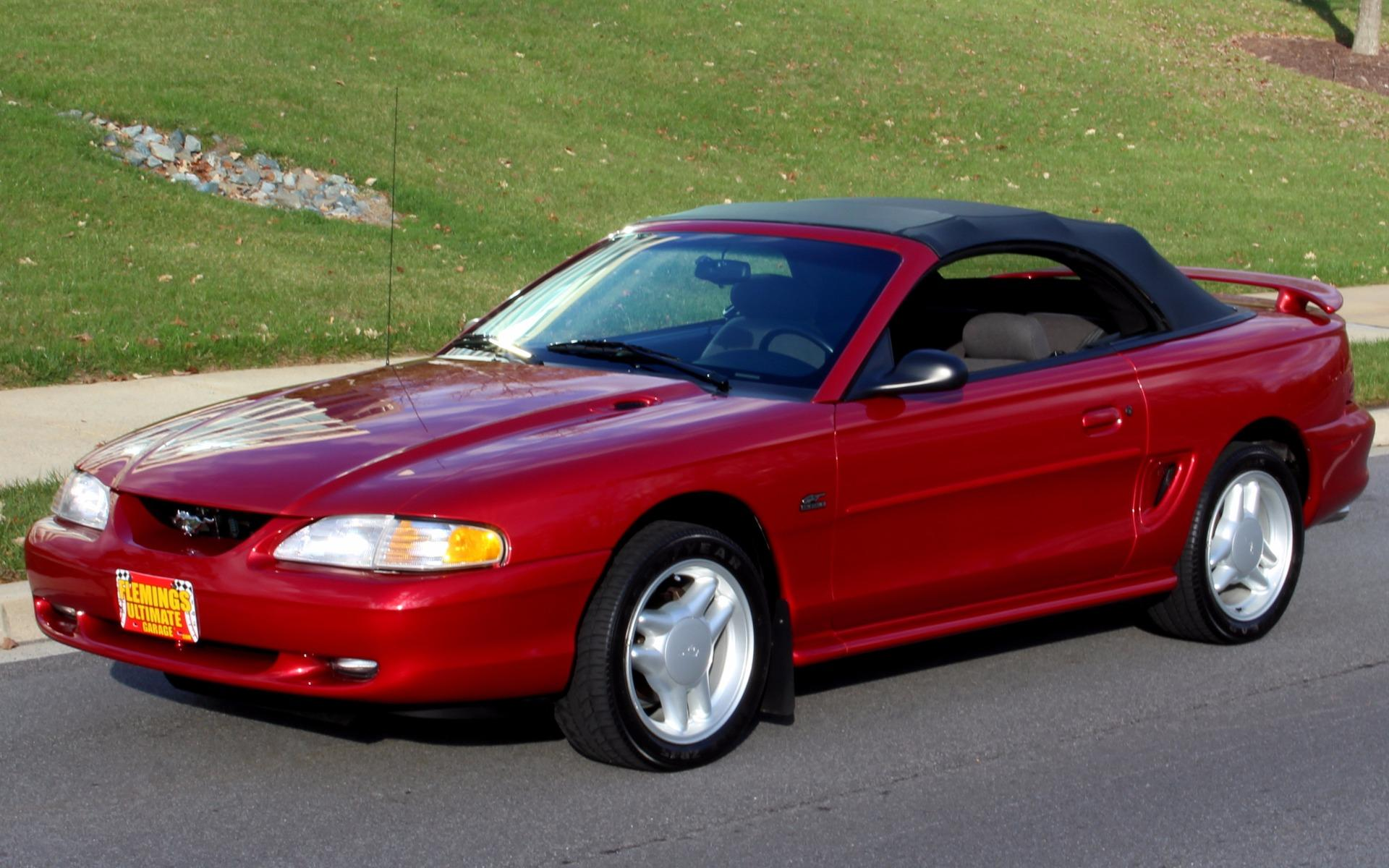 1994 ford mustang gt convertible with 12k original miles. Black Bedroom Furniture Sets. Home Design Ideas
