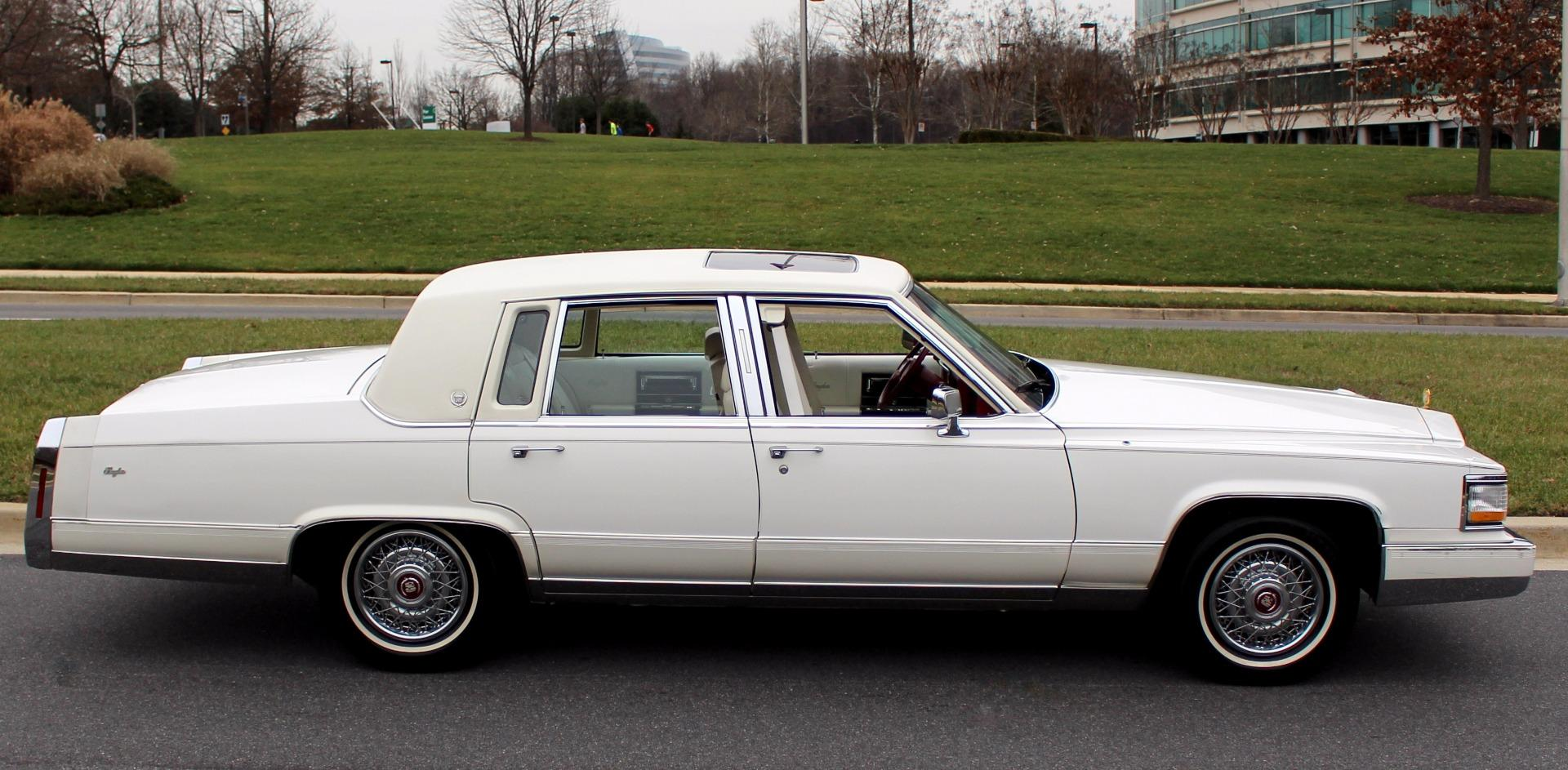 1990 Cadillac Fleetwood Triple White Brougham