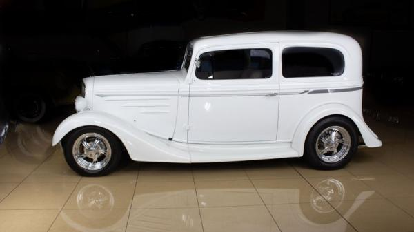 1934 Chevrolet Standard Six Coach