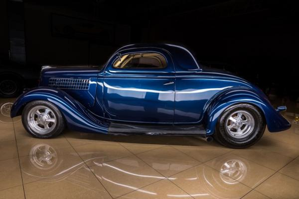 1935 Ford 3-window coupe Street rod