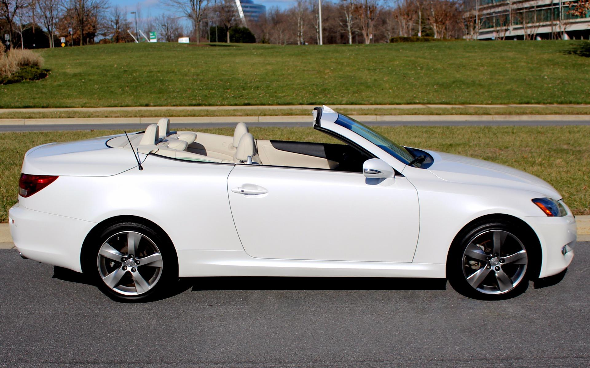review convertible reviews lexus is saloon carbuyer