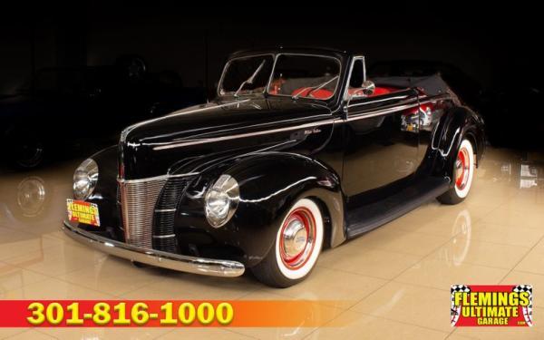 1940 Ford Cabriolet street rod