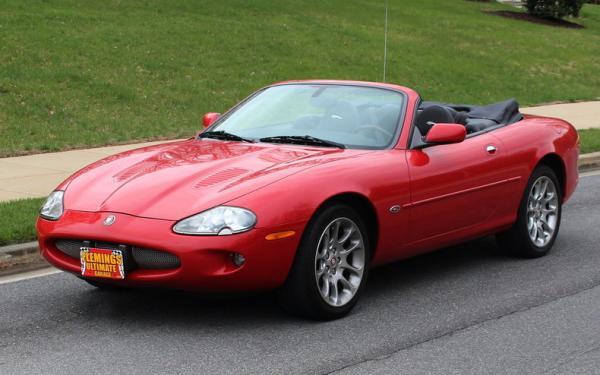 2000 Jaguar XJR